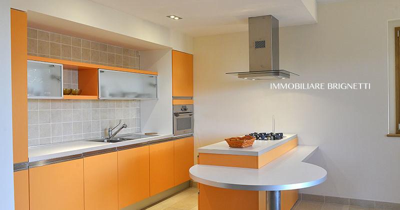 Una nuova struttura elegante e ben rifinita nel centro del paese, con tutti i comforts moderni